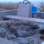 """Иззеха 300 метра бракониерски мрежи от язовир """"Смирненски"""""""