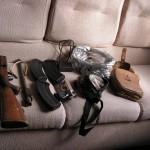 Ловна пушка и труп на сърна откриха в колата на бракониери