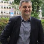 """Кирил Добрев надушва схема """"комисионна"""" в решението за тролеите"""