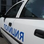 Разсеяна шофьорка се заби в бус