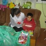 Коледни хранителни пакети за деца в риск
