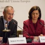 Евросоциалистите: Не на ограниченията, повече пари за социални плащания
