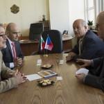 Възможности за сътрудничество обсъдиха областният и посланикът на Чехия