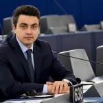 Момчил Неков с въпроси до Бойко Борисов за визите