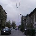 """Читател: Уличните лампи на """"Колелото"""" светят и през деня!"""