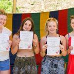 Британски момичета се учиха на български възрожденски занаяти