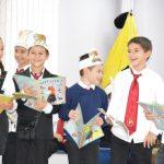 """Второкласници от """"Ран Босилек"""" четоха приказки на децата от """"Дъга"""""""
