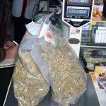 Хванаха над половин кило марихуана при акция