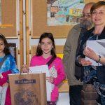 """Сумата от продажбата на детски рисунки в ЕМО """"Етър"""" бе предоставена на семейство"""