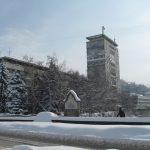 Честит втори сняг! Снежинки украсиха и Габрово
