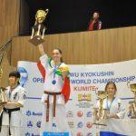 Валерия Лозанова донесе световно злато за Габрово по киокушин