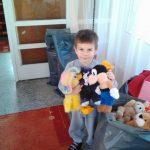 """ДГ """"Мики Маус"""" подарява част от играчките си на децата в Хитрино"""
