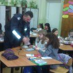 Малките габровски полицаи със занятие по важна здравна тема