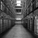 Опасен рецидивист получи доживотен затвор