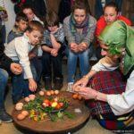 """Боядисване на яйца с естествени багрила на Велики четвъртък в ЕМО """"Етър"""""""