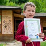 """Участници в конкурса за """"Бостанско плашило"""" получиха наградите си"""