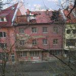 Опасност дебне в центъра на Габрово (снимки)