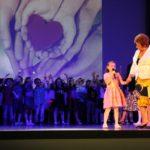 """Децата на ДГ """"Мики Маус"""" дариха зрънце живот на Габрово (снимки)"""
