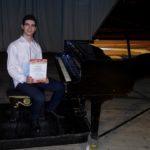 Първа награда за пианиста Петър Чернокожев