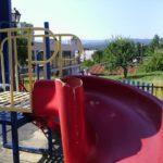 Още една детска площадка в Габрово тъне в разруха и мръсотия (снимки)