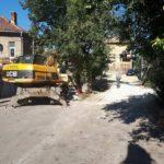 Багер блокира достъпа по улица в Габрово