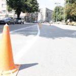Обновяват пътната маркировка по основните улици на Габрово