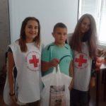 """Габровци дариха 1112 лв. за кампанията """"С усмивка на училище"""""""