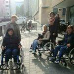 Наши специалисти седнаха в инвалидни колички в Брюксел