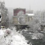 Денят започна с градус над нулата и 15 см. снежна покривка