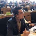 ЕП призова за по-лесен достъп до земя за младите производители