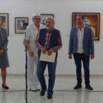 Божидар Мечев с наградата на Общината по повод Деня на Габрово
