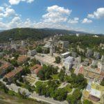 Расте броят на наетите и средната работна заплата в Габровско