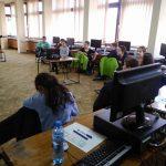Библиотеката в Севлиево обучава безплатно деца по роботика