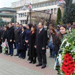 Кметът на Севлиево и общинското ръководство поднесоха цветя за 3 март