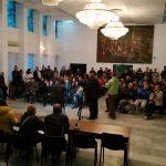 Кметът покани в зала протестиращите да представят исканията си