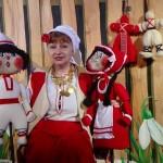 Представление за мартеничките играе Кукленият театър