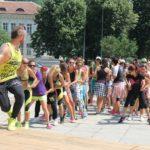 Зумба маратон на площада в Габрово
